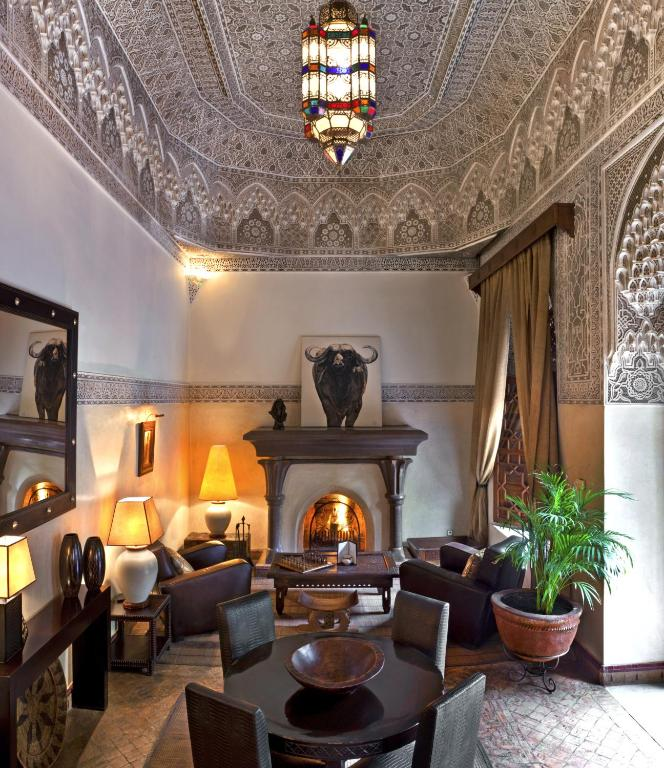 Riads-for-sale-Marrakech-Riad-for-sale-Marrakech-Marrakech-Realty-Marrakech-Real-Estate-Immobilier-Marrakech-Riads-a-vendre-Marrakech-0261.jpg