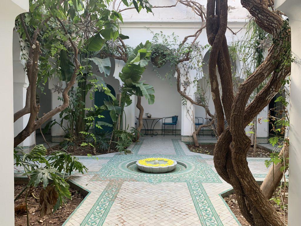 Villas-for-sale-Marrakech-villa-for-sale-Marrakech-Marrakech-Realty-Marrakech-real-estate-Immobilier-Marrakech-villa-a-vendre-Marrakech-01.jpg