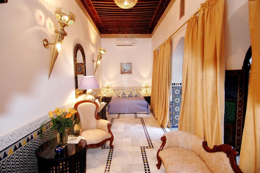 Riads-for-sale-Marrakech-Riad-for-sale-Marrakech-Marrakech-Realty-Marrakech-Real-Estate-Immobilier-Marrakech-Riads-a-vendre-Marrakech-10.jpg