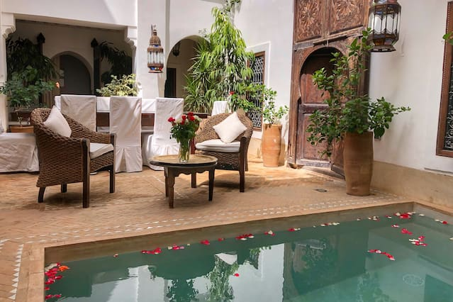 Riads-for-sale-Marrakech-Riad-for-sale-Marrakech-Marrakech-Realty-Marrakech-Real-Estate-Immobilier-Marrakech-Riads-a-vendre-Marrakech-8801.jpg