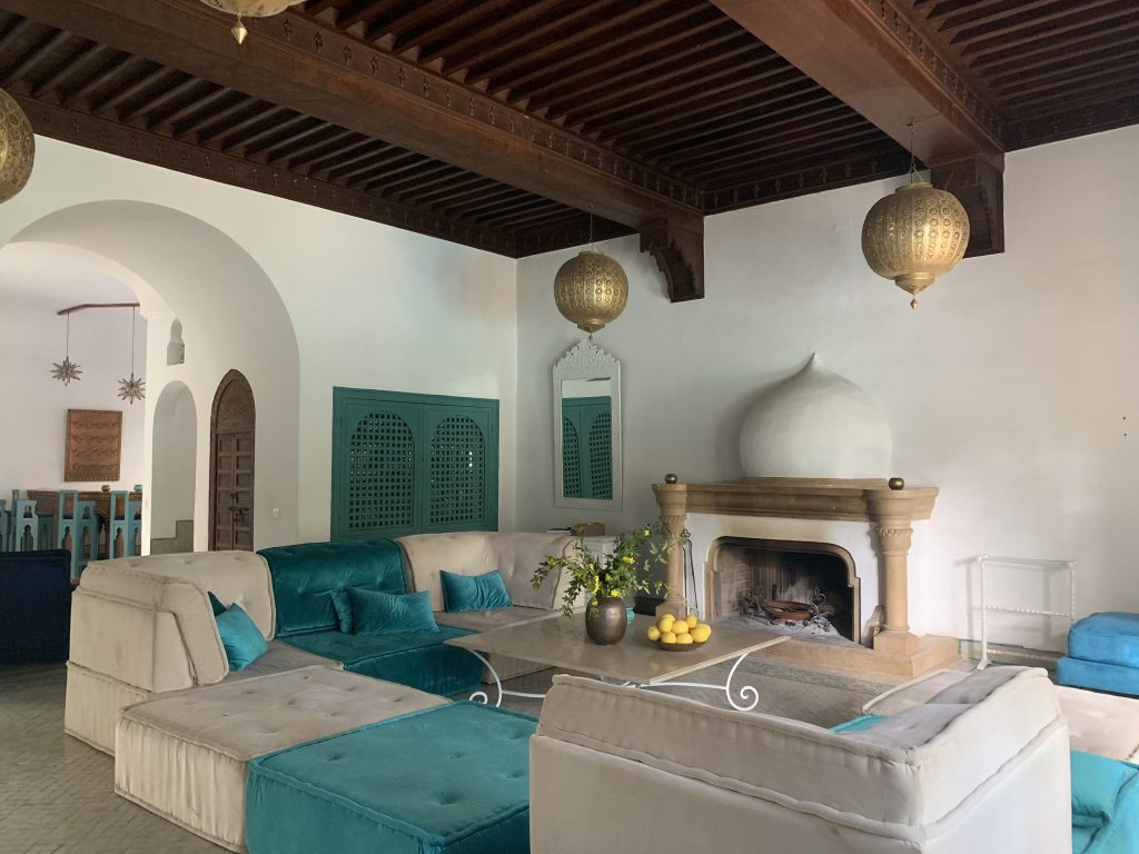 Villas-for-sale-Marrakech-villa-for-sale-Marrakech-Marrakech-Realty-Marrakech-real-estate-Immobilier-Marrakech-villa-a-vendre-Marrakech-401.jpg