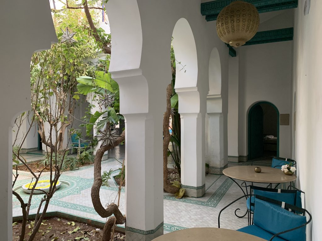 Villas-for-sale-Marrakech-villa-for-sale-Marrakech-Marrakech-Realty-Marrakech-real-estate-Immobilier-Marrakech-villa-a-vendre-Marrakech-05.jpg